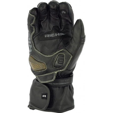Richa Savage 2 WP glove